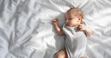une nuit de sommeil complète pour bébé